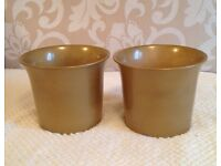 A Pair of Plant Pot Holders