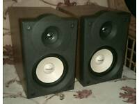 Pioneer hifi speakers, full working order.