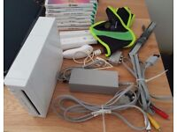 Nintendo Wii console with all cables+2 remotes+1 nunchuck+7 games+zumba fitness belt
