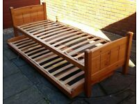 single bed frame with separate underbed (see photos). High quality product. In very good condition.