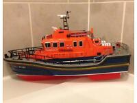 Radio controlled life boat
