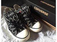 Limited edition RED converse - Size 3