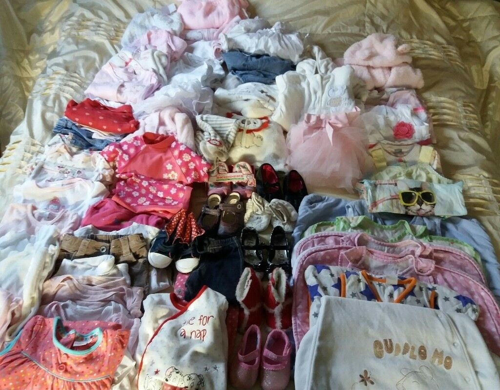Large bundle of girl clothes 0-12months