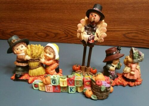 Vintage Thanksgiving Figurines Set of 4   MINT