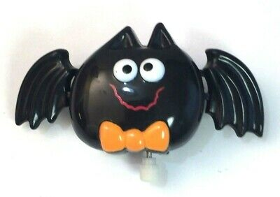Vintage 1987 Hallmark Cards WIND-UP BAT Lapel Pin! Halloween Costume WINGS FLAP! - 1987 Halloween Costumes