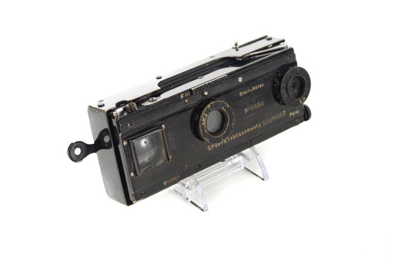 Gaumont Paris -Vintage Stereo Camera c.1900s
