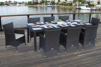 9pc Wicker Outdoor Dining Set