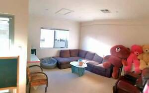 city townhouse for rent (own bathroom) close to chinatown