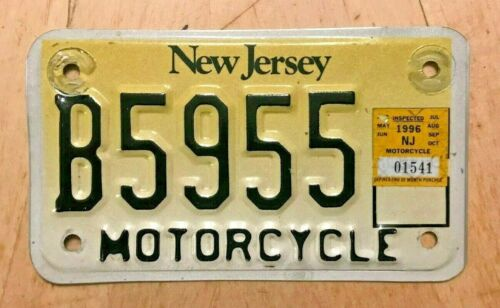 """1996 NEW JERSEY  MOTORCYCLE CYCLE LICENSE PLATE """" B 5955"""