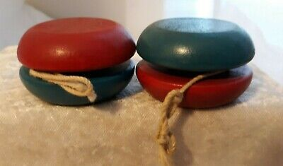 Vtg Duncan wood yoyo Spinning Top Red blue Champion tournament style 55