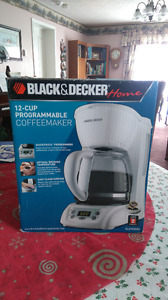 Black & Decker Home 12-Cup Programmable Coffee Maker