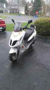 Scooter Kymco Frost 200I