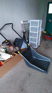 Snow scoop, Moving sale