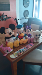 Selling my Disney Mickey and Donald with Books Pokemon cards
