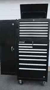 coffre a outils INTERNATIONAL, base +tete +armoire NEUFS