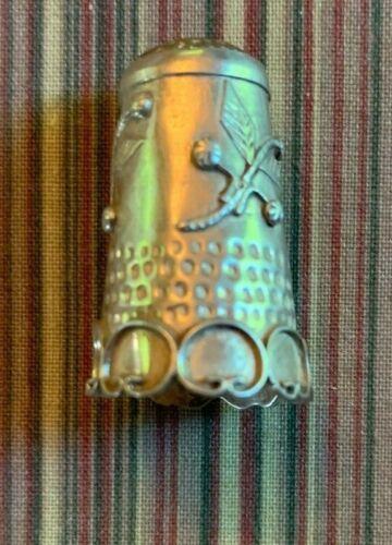 Rare Antique Sterling Silver Floral Designed Thimble