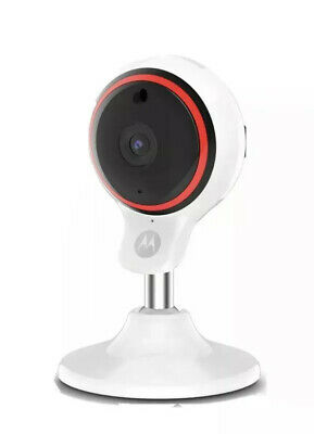MOTOROLA Focus 71 Full HD WiFi Security Camera -