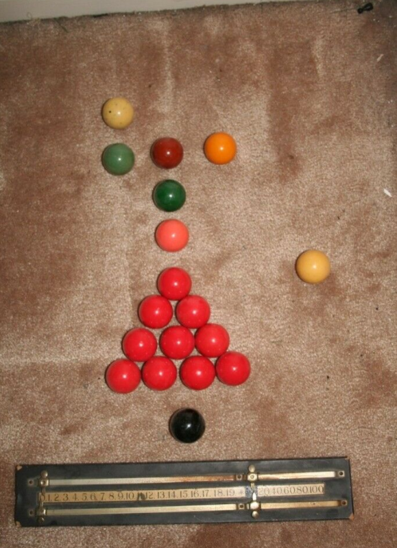 Snooker and Billiard Table - Table top version 6 x 3 + Balls, Cues, Etc.