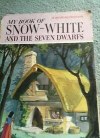 My book of snow white and the seven dwarfs
