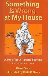 Something is Wrong at My House von Diane Davis (2010, Taschenbuch)