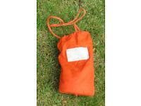 Throwing bag for canoe kayak rescue.