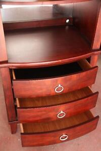 Beautiful Red Cherry Stained Armoire - Kitchen/livingroom/bedrm West Island Greater Montréal image 4