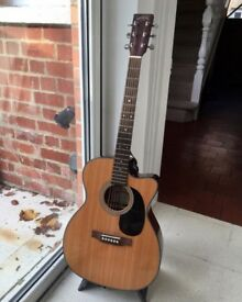 Electro-acoustic Sigma Guitar excellent condition