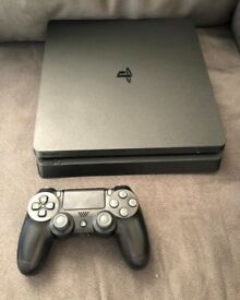 PS4 SLIM LIKE NEW