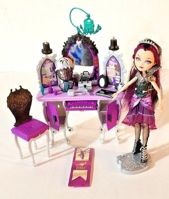 EVER AFTER HIGH RAVEN QUEEN CLOTHING ACCESSORIES MAKE UP VANITY TABLE PLAYSET - Ever After High Makeup