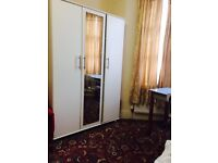 Double room and single room in same house