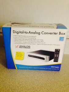 RCA Digital to Analog TV Converter Box (New)