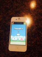 Iphone 4 with flappy bird 8 gb