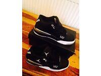 Jordans size 6 euro 39 (not air max gucci addidas)