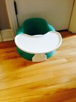 Turquoise Bumbo with tray/ Bumbo turquoise avec tablette
