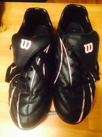 Soccer shoes/cleats ladies size 7