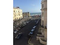 Lovely two bedroom flat in hove with sea views and parking space