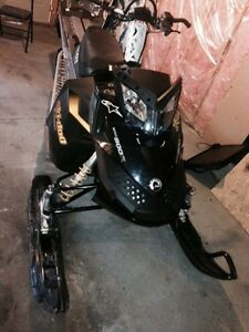 2009 skidoo Everest 800/trade