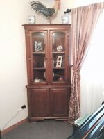 MAPLE TABLE CHAIRS & CORNER HUTCH