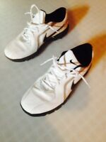 Nike Mens size 9 Golf Shoes