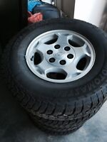 245/75/16 tires and rim off 2007 chev
