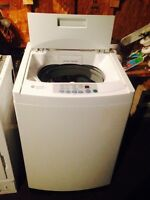 Stackable Apartment size washer/dryer