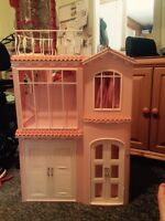 Barbie house, Barbies and accessories.
