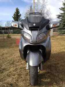 Suzuki 650 Burgman Executive ABS - Brand New Condition! REDUCED!