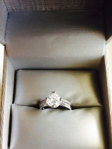 BEAUTIFUL•••White Sapphire 10kt White Gold Filled Ring!!