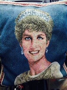Princess Diana collectable pillow Gatineau Ottawa / Gatineau Area image 1