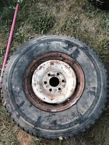 Spare tire 235/85R16 Chevy/gmc truck