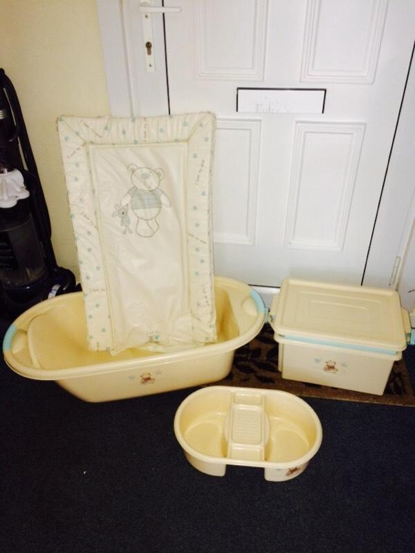 Baby Bath Top And Tail Bowl Toiletries Box For Baby