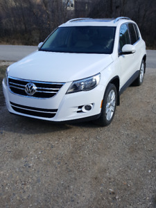 Tiguan loaded with options, Highline model
