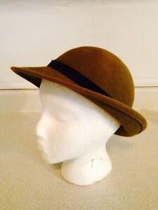 Vintage M'sieu Leon Green Felt Splendora Hat