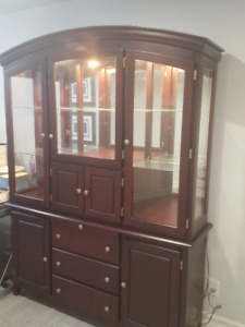 Huge Price Reduction: Modern, Wood and Mirrored China Cabinet